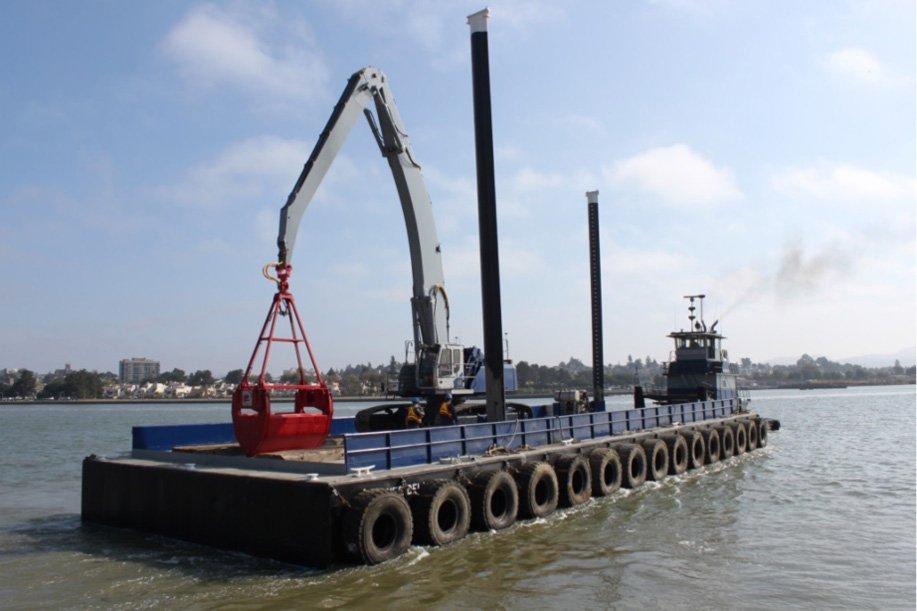 Lind Marine Barge Sonnee