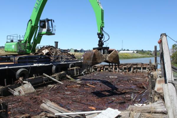 200' Barge Demolition