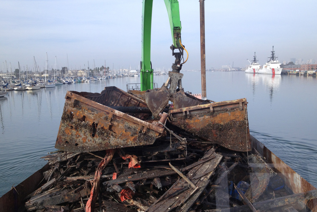 Port of Sacramento Barge Removal